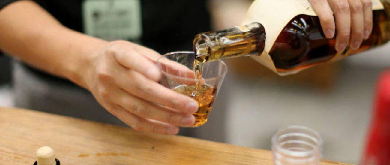 Excesso de bebidas alcoólicas pode levar à depressão?